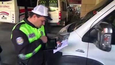 - Trafik polislerinden otogarda yılbaşı denetimi
