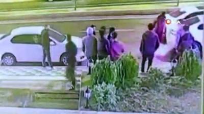 silahli kavga -  Dehşet anları kamerada... Tartıştıkları grubu kurşun yağmuruna tuttular: 1 ölü 1 yaralı