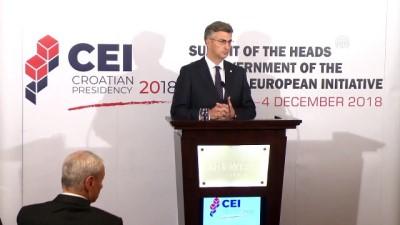 Hırvatistan'da Orta Avrupa Girişimi Zirvesi - ZAGREB