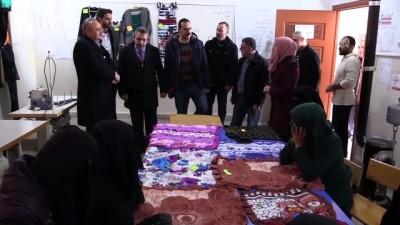 Suriye'de Türkiye'nin açtığı halk eğitim merkezleri meslek öğretiyor - AZEZ