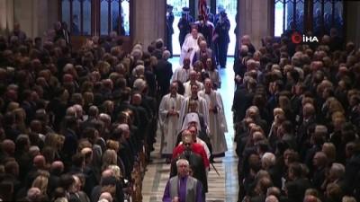 - Baba Bush İçin Devlet Töreni Düzenlendi