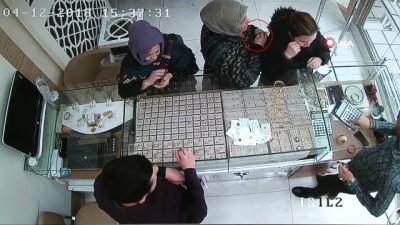 Organize bilezik hırsızlığı saniye saniye kamerada