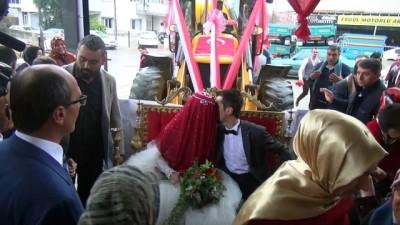 'Kepçeli' düğün konvoyu - MANİSA