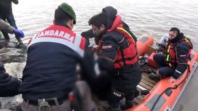 Meriç Nehri'nde kaçakları taşıyan bot battı - İki çocuk ve bir kadın cesedi bulundu - EDİRNE