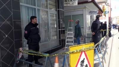 Şehidi icraya veren Avukat bürosuna saldırı