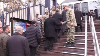 Sendikacılardan gönüllü askerlik başvurusu - ERZURUM
