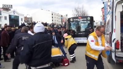 Servis otobüsünün çarptığı şahıs hayatını kaybetti