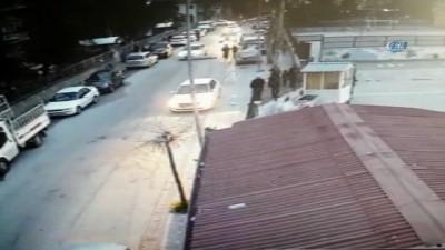 Okul önündeki kaza güvenlik kamerasına yansıdı
