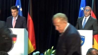 - Almanya Dışişleri Bakanı Gabriel'den Kosovalılara Önemli Mesajlar