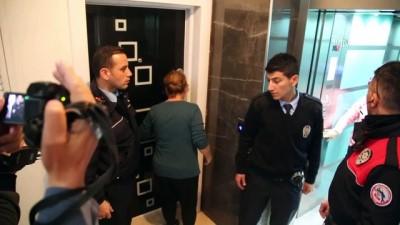 Evde yalnız kalan çocuk için polis seferber oldu - ANTALYA