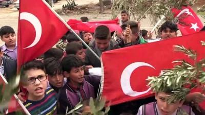 Köylü çocuklardan Zeytin Dalı Harekatına destek - KİLİS