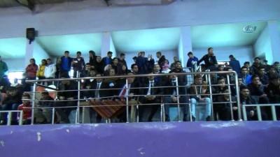 Muş'ta Okullar Arası Halk Oyunları Yarışması