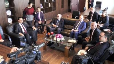 - Türkiye'nin Lefkoşa Büyükelçisi Kanbay'dan KKTC Ekonomi Bakanına Ziyaret
