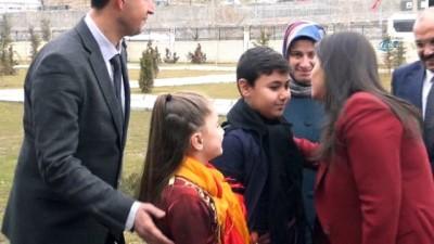 Bakan Sarıeroğlu, Bitlis'te sağlık yatırımlarının açılışını yaptı