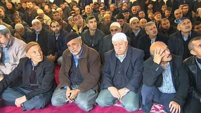 Diyanet işleri başkanı Erbaş:'Millet olarak canımızla ve malımızla bir beka mücadelesi veriyoruz'