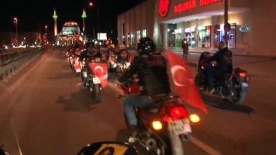Zeytin Dalı Harekatı -  Motosikletçilerden 'Zeytin Dalı' operasyonuna destek korteji