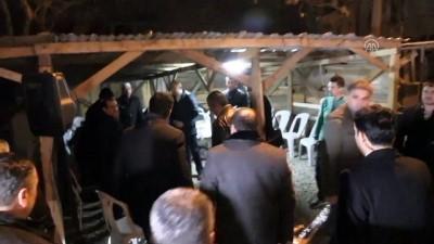 Başbakan Yardımcısı Çavuşoğlu'ndan şehit ailesine taziye ziyareti - BURSA