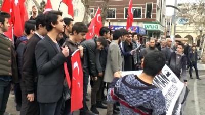 Gençler isimleri okunan Afrin şehitleri için 'burda' diye bağırdı