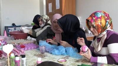 Kadınlar sabunu sanata dönüştürüyor - BİTLİS