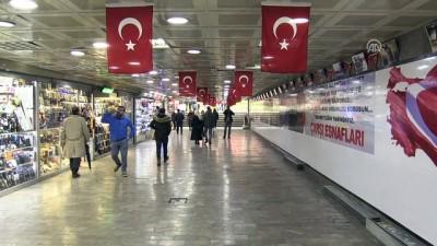 Karaköy'de esnaftan Zeytin Dalı Harekatı'na destek - İSTANBUL