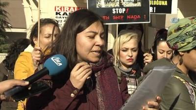Brezilya'dan Türkiye'ye getirilen hayvan ithaline büyükelçilik önünde tepki