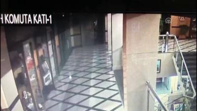 Ömer Halisdemir'in darbe gecesi son anları kameralara yansıdı (1)