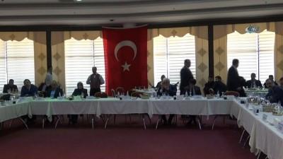 Üniversite rektörlerinden Zeytin Dalı harekatına destek