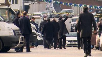 Ankara Vergi Dairesi'ndeki patlamanın ardından ekiplerin incelemeleri sürüyor