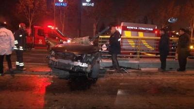 Gizli buzlanma nedeniyle kayan otomobil köprü korkuluğuna çarptı: 2 ölü, 1 yaralı
