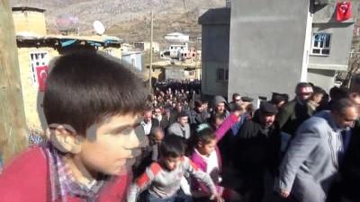 Siirt şehidi son yolculuğuna uğurlandı... Cenazede PKK'ya lanet okundu