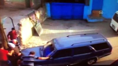 Otomobilin kadına çarpma anı kamerada - KARABÜK