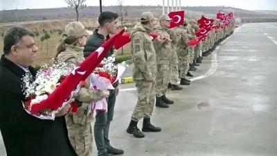 Afrin'e giden JÖH'ler ve güvenlik korucularına ikram - ŞANLIURFA