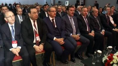 """Bakan Tüfenkci: """"Bizim hiçbir etnik kimliğe karşı bir hıncımız yok"""""""