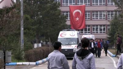 Naftalin şakası öğrencileri hastanelik etti - KAYSERİ
