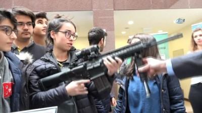 Öğrencilerden silahlara yoğun ilgi