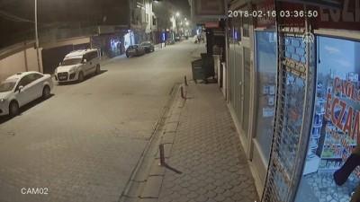 Rögar kapağı hırsızlığı güvenlik kamerasında - SAKARYA