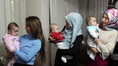 Suriyeli aile üçüz bebeklerine Recep, Tayyip, Emine ismini verdi