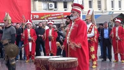 Mehmetçiğe mehteranlı destek