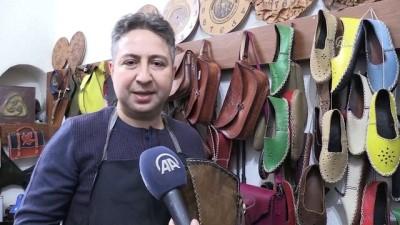 Osmanlı çarıklarına yeni ustalar yetiştiriyor - AFYONKARAHİSAR