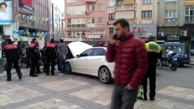 Kaçan lüks otomobil polisi alarma geçirdi