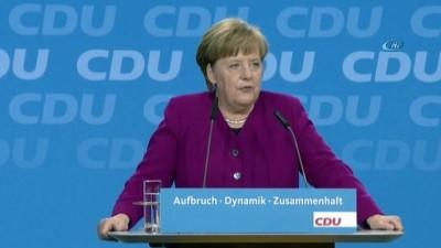 - Merkel Bakanlarını Tanıttı - Merkel: 'Yeniden Güven Tazeleyeceğiz'