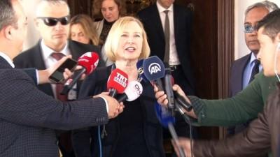 """- KKTC Cumhurbaşkanı Akıncı, Bm Kıbrıs Özel Temsilcisi Spehar'ı Kabul Etti - Spehar: - """"bunlar Her İki Tarafla Yapılan Ön Görüşmeler, Biz Bm Olarak Yardım Etmeye Hazır Olmaya Devam Edeceğiz"""""""