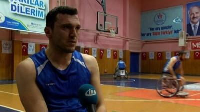 Altınordu Belediyesi Tekerlekli Sandalye Basketbol Takımı sporcuları hız kesmiyor
