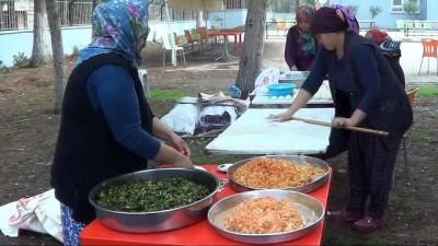 Öğrenciler Mehmetçik yararına kermes düzenledi