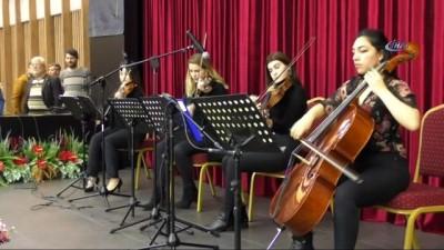 Bakan Zeybekci, Merkezefendi'nin Sergi salonunun açılışını yaptı