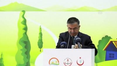 Milli Eğitim Bakanı Yılmaz: 'Öğrencilerimize doğru beslenme alışkanlığı kazandırmayı önemsiyoruz' - ANKARA