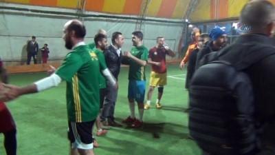Afrin'e gidecek JÖH'lere moral için dostluk maçı yapıldı