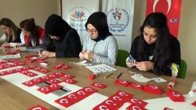 Gençlerden Afrin'deki Mehmetçiğe Türk bayraklı destek