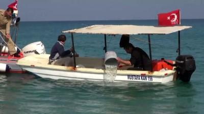 Antalya'da su alan balıkçı teknesindeki iki kişi kurtarıldı