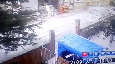 Konya'da av tüfeğiyle market soygunu - Soygun anı güvenlik kamerasında